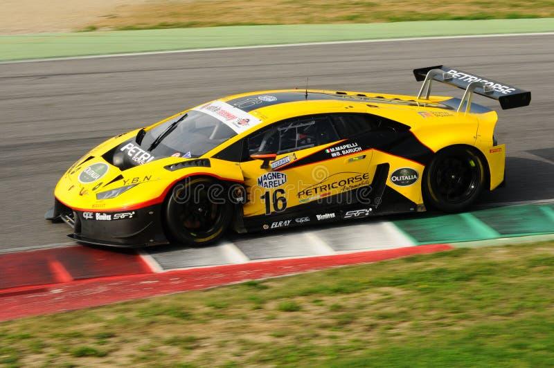 Circuito de Mugello, Itália - 6 de outubro de 2017: Lamborghini Huracan de Petri Corse Motorsport Team conduzido por Baruch Bar - fotos de stock royalty free