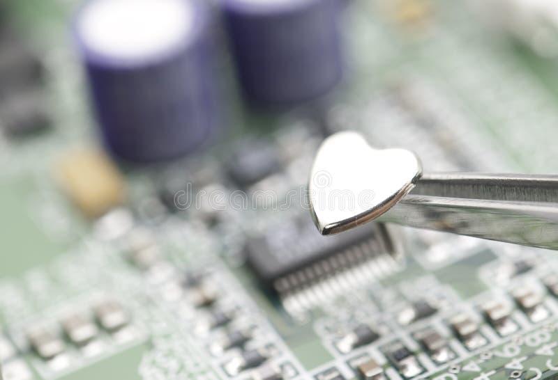 Circuito del cuore e del metallo immagini stock libere da diritti