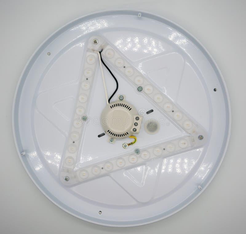 Circuito di luce bianca della lampada del LED isolato su bianco fotografia stock