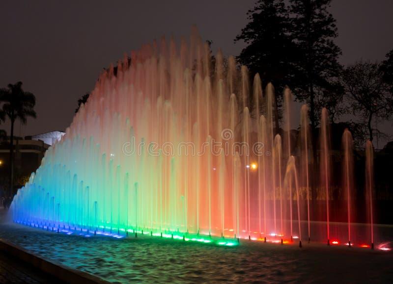 Circuito mágico del agua en el parque Lima Perú de la reserva foto de archivo