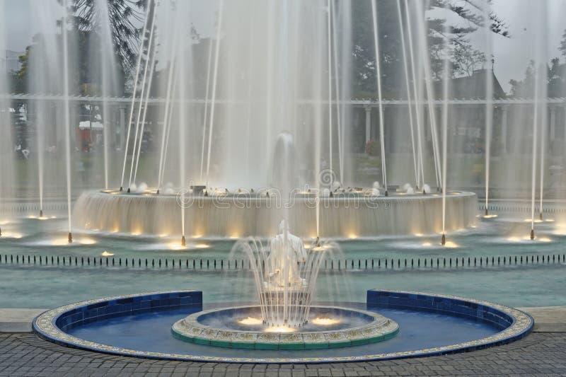 Circuito mágico Lima del agua fotografía de archivo