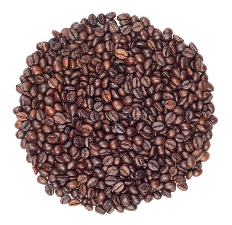 Cirkel die met koffiebonen wordt gemaakt stock afbeelding