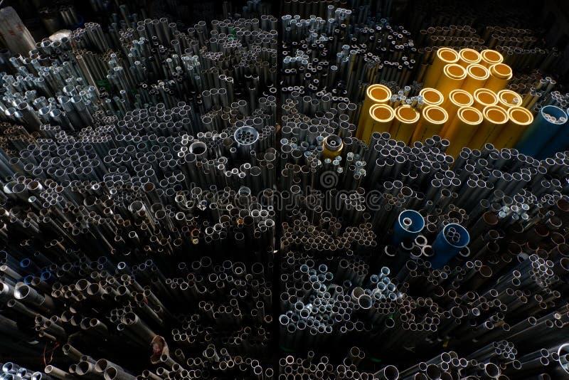 Cirkel för stålrör i lager arkivbild