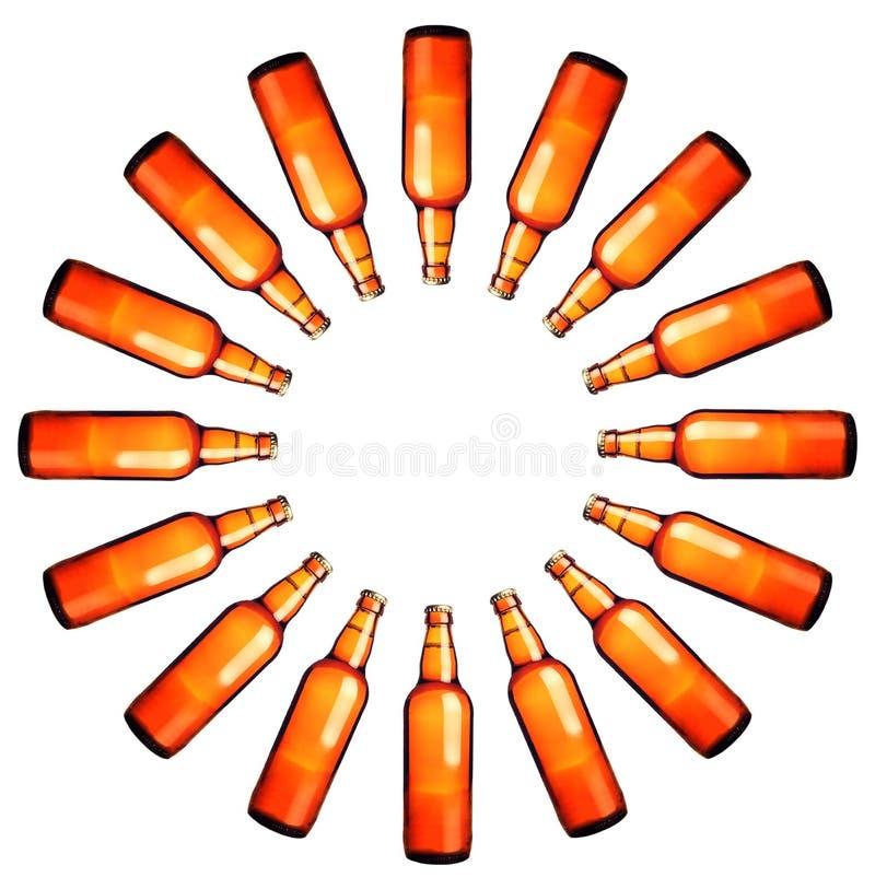 Cirkel van bierflessen stock afbeeldingen
