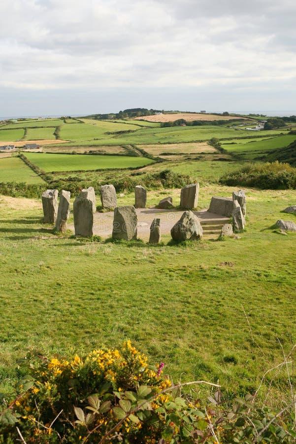 cirkeldrombegireland sten arkivbilder