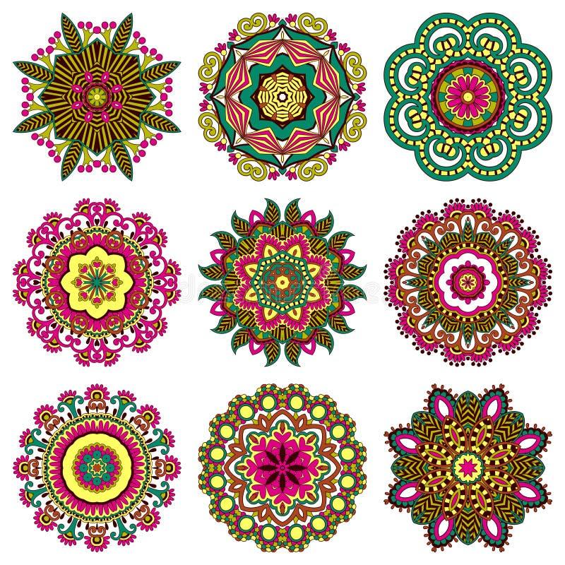 Cirkelprydnaduppsättningen, den dekorativa rundan snör åt royaltyfri illustrationer