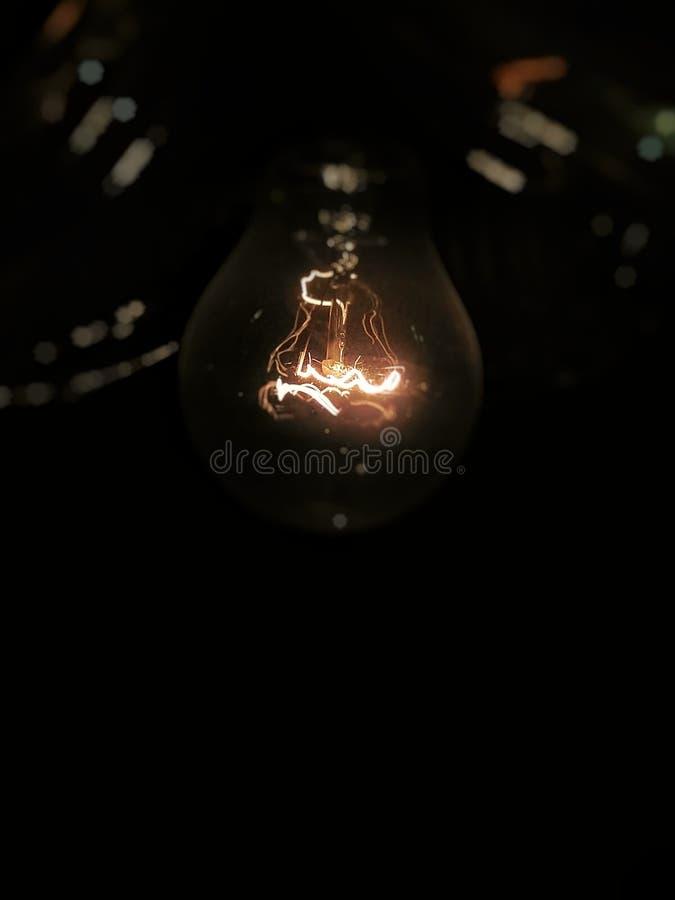 Cirkulär elektron på lampa arkivbild