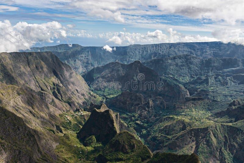 Cirque du mafate, montagne de l'île de réunion photographie stock