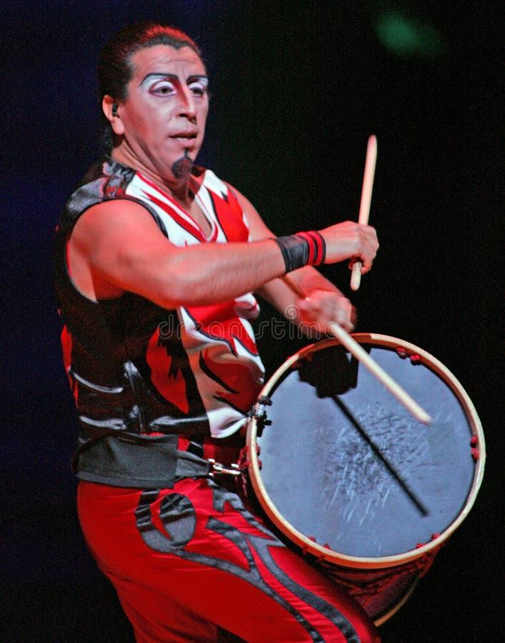 Cirque Du Soleil выполняет стоковое изображение rf