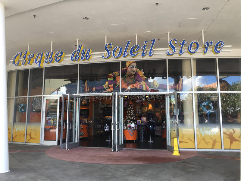 Cirque du Soleil -Opslag, Disney-de Lentes stock afbeeldingen