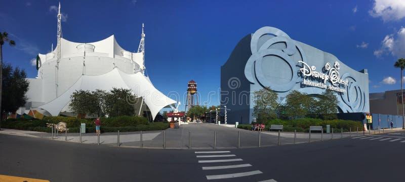 Cirque du Soleil y búsqueda de Disney fotografía de archivo