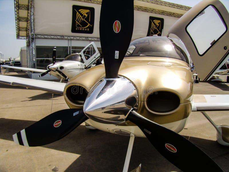 Cirrus SR22 GTS mit Hartzell-Propeller stockfoto