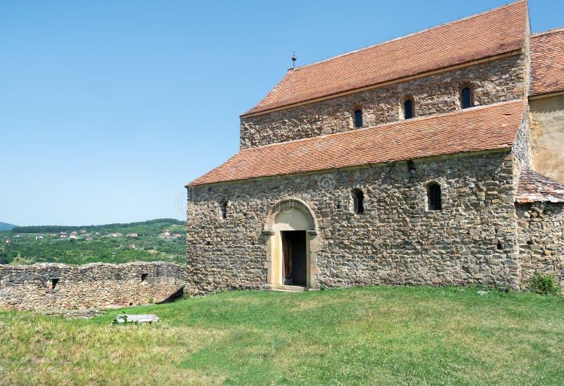 Cisnadioara kyrka, Transylvania, Rumänien royaltyfria bilder