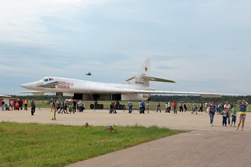 A cisne do branco do Tupolev Tu-160 imagem de stock royalty free