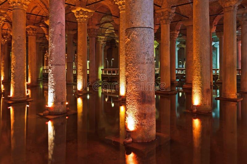 Cisterna da basílica da água subterrânea - Istambul fotos de stock