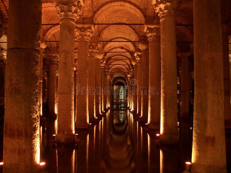 Cisterna da basílica em Istambul fotografia de stock royalty free