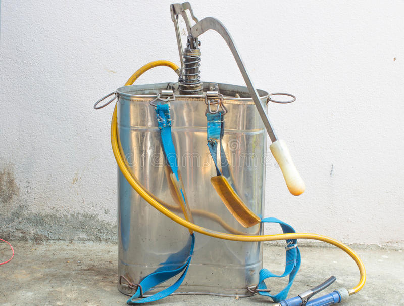 Cisterna di acqua dell'insetticida fotografia stock