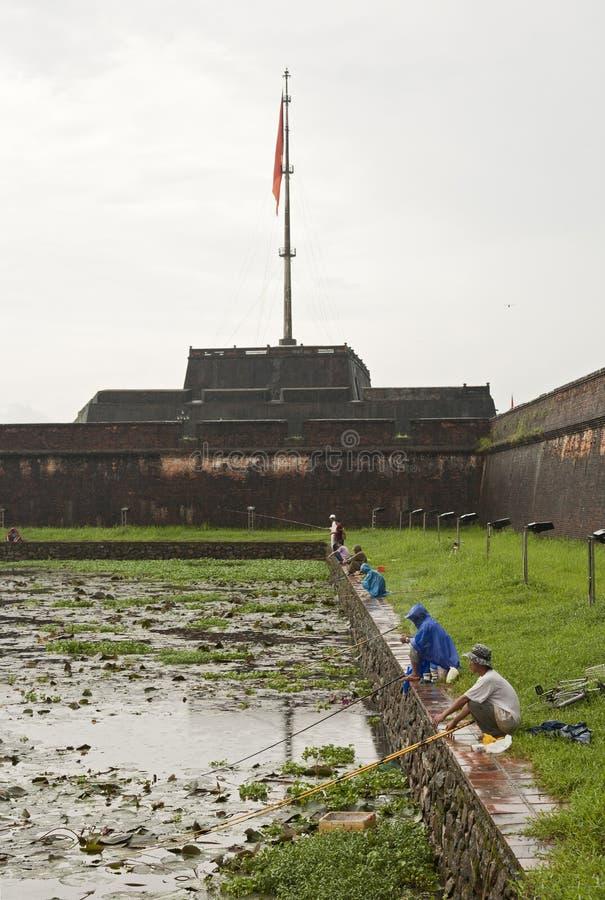 citadel som fiskar främre ton royaltyfria bilder