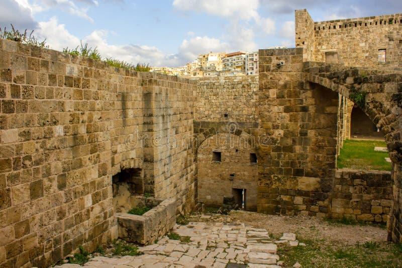 Citadela de Raymond de Saint-Gilles em Tripoli, L?bano imagens de stock royalty free
