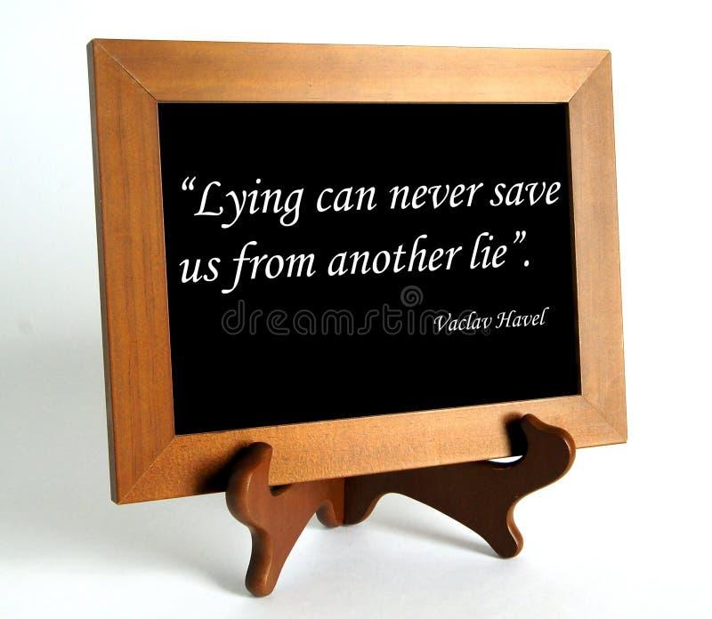Citationstecken om lögn och sanning royaltyfri bild