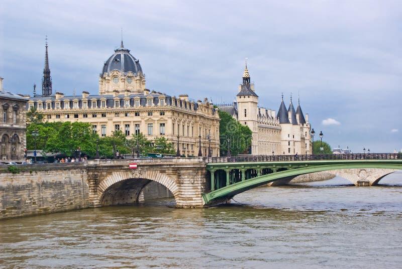 citera de ile la paris fotografering för bildbyråer