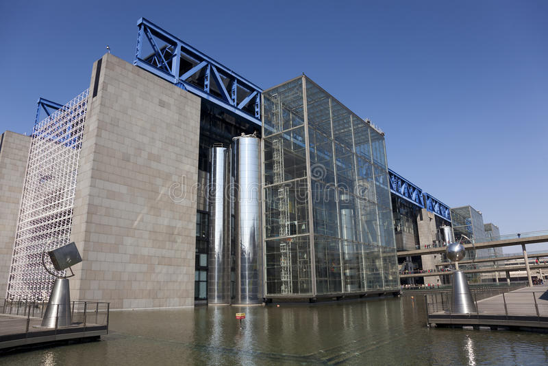 Citi le scienze del DES et de l'industrie, Parigi immagini stock