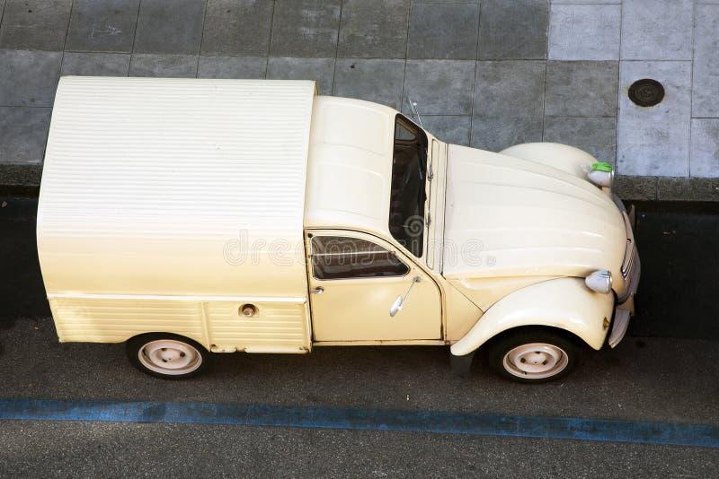 Citroen 2CV skåpbil arkivfoton