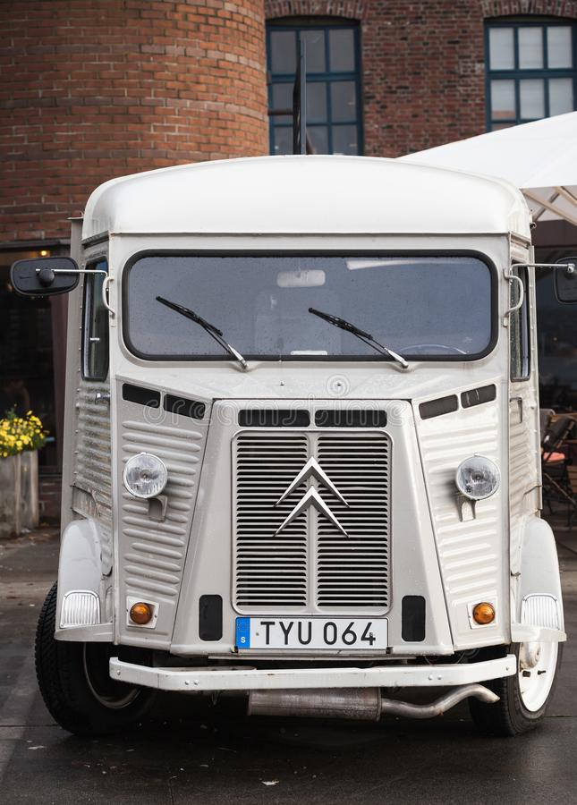 Citroen bianco H Van, modello 1969 immagine stock libera da diritti