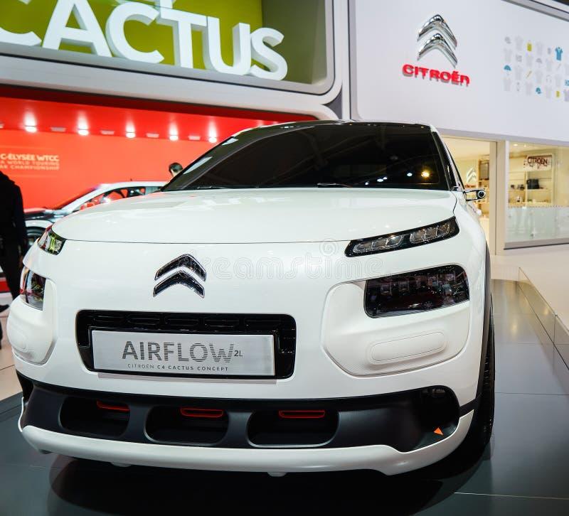 Citroen C4 Airflow 2L Kaktusowy pojęcie, Motorowy przedstawienie Geneve 201 zdjęcie stock