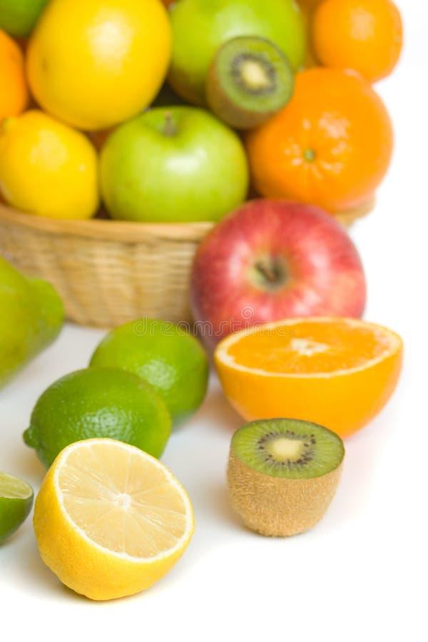 Citroen, kiwi en ander fruit stock afbeelding