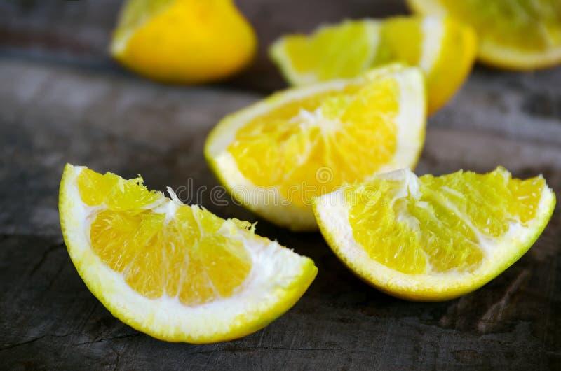 citronfjärdedelar arkivfoton