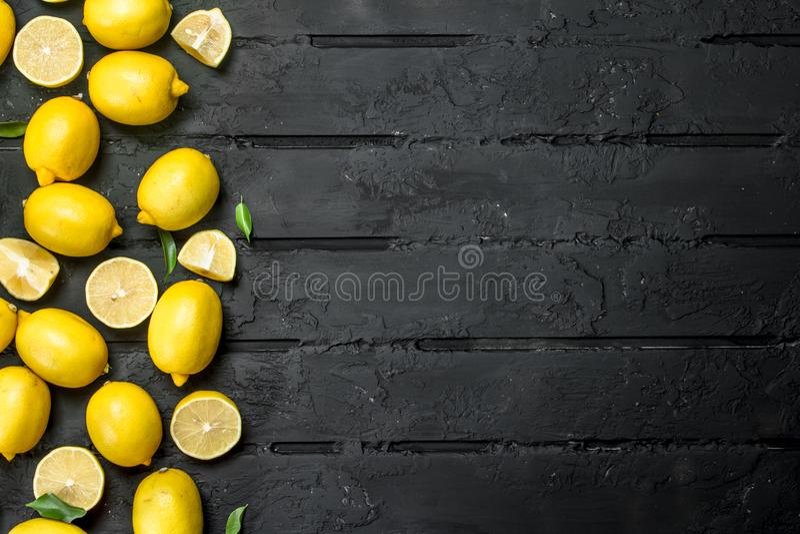 citrons juteux mûrs image libre de droits