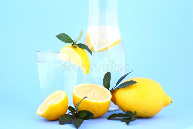citronvatten royaltyfria bilder