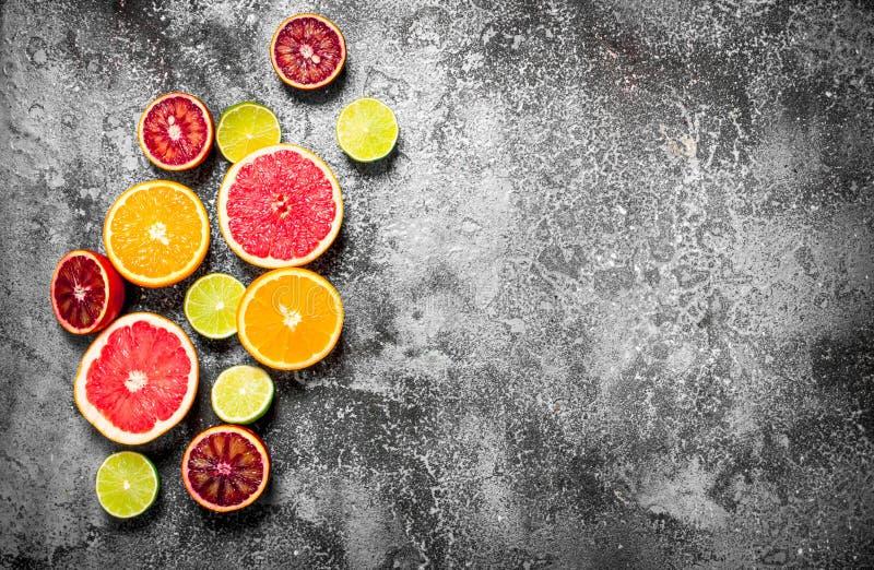 citrusfrukt skivade royaltyfri bild