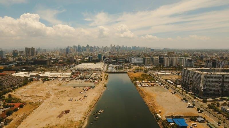 Città aerea con i grattacieli e le costruzioni Filippine, Manila, Makati fotografia stock libera da diritti
