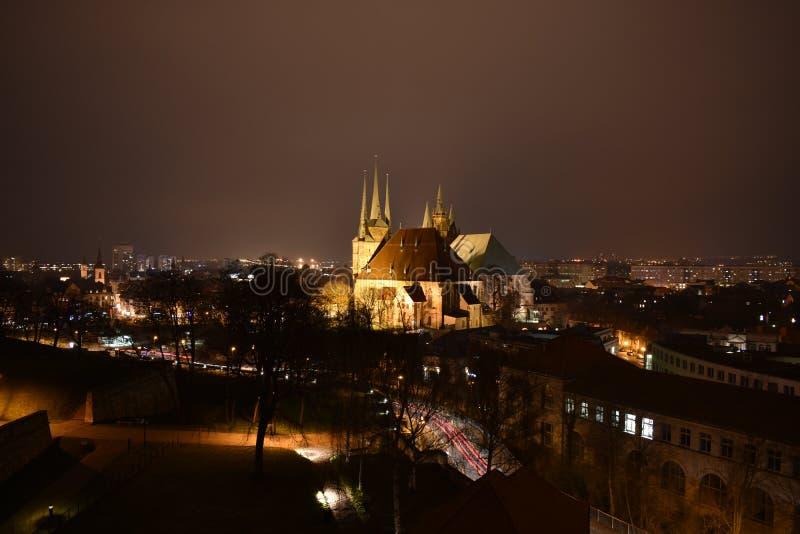 Città alla notte fotografia stock