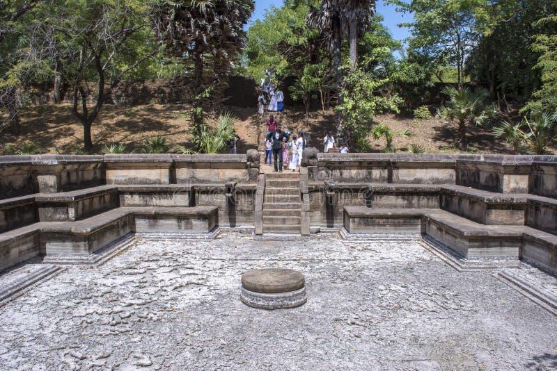 Città antica Kumara Pokuna Sri Lanka di Polonnaruwa fotografia stock