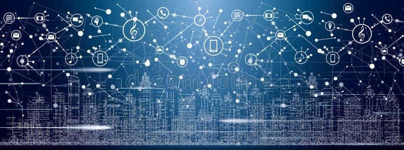 Città astuta con le costruzioni, le reti e Internet al neon delle cose immagini stock libere da diritti