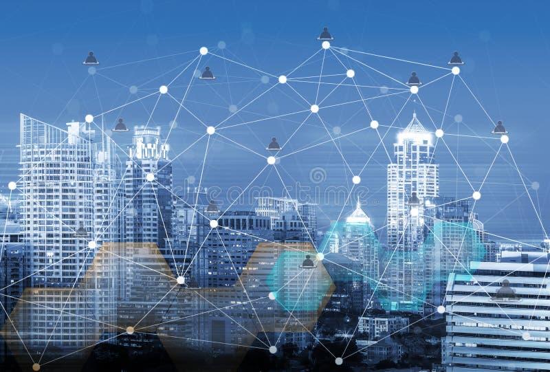 Città astuta e rete di comunicazione senza fili, immagine astratta vi fotografia stock libera da diritti