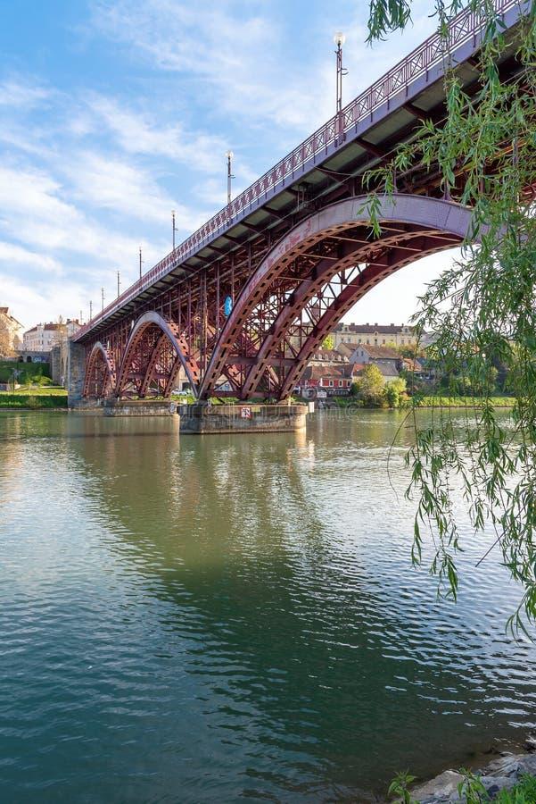Città del fiume del Drava - Maribor Marburgo - la Slovenia fotografie stock
