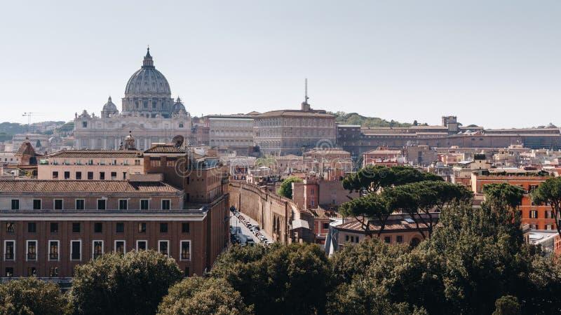 0854e5d3e1 Città del Vaticano Basilica della st Peter Vista panoramica di Roma e della  st immagine stock