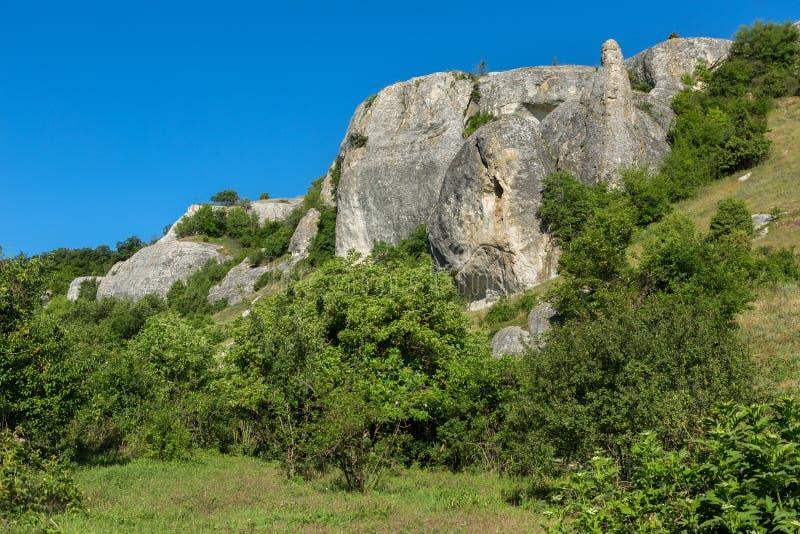 Città della caverna in valle di Cherkez-Kermen, Crimea immagine stock