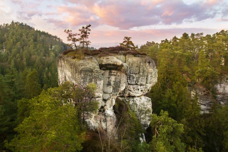 Città della roccia nel paradiso della Boemia, hdr immagine stock libera da diritti