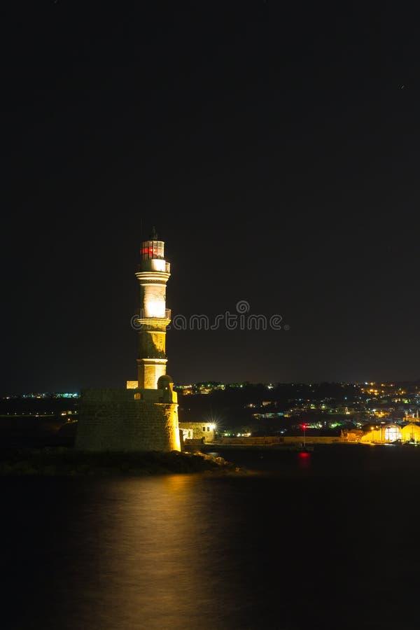 Città di Chania (Creta, Grecia), casa leggera, notte fotografie stock