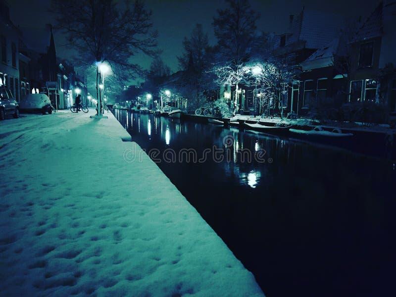 Città di Delft di notte immagine stock libera da diritti