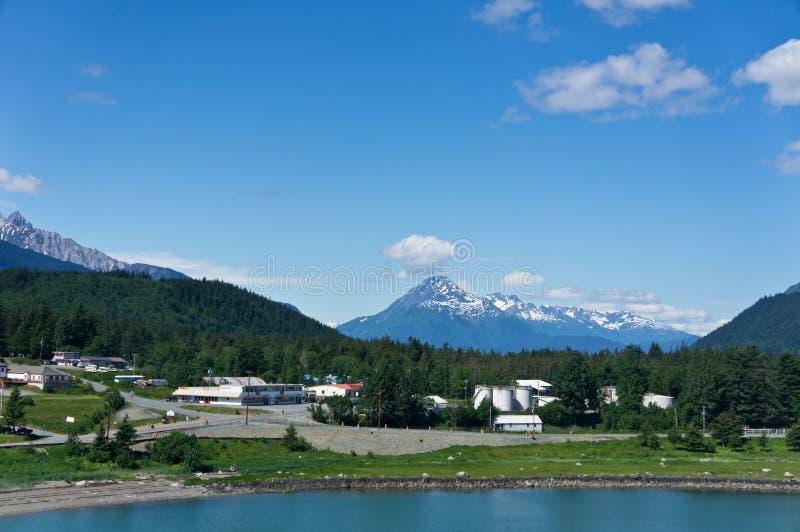 Città di Haines vicino alla baia di ghiacciaio, Alaska, U fotografia stock