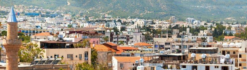 Città di Kyrenia Panorama di vecchia città cyprus fotografia stock
