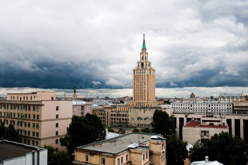 Città di Mosca, hotel Hilton Mosca Leningradskaya fotografie stock