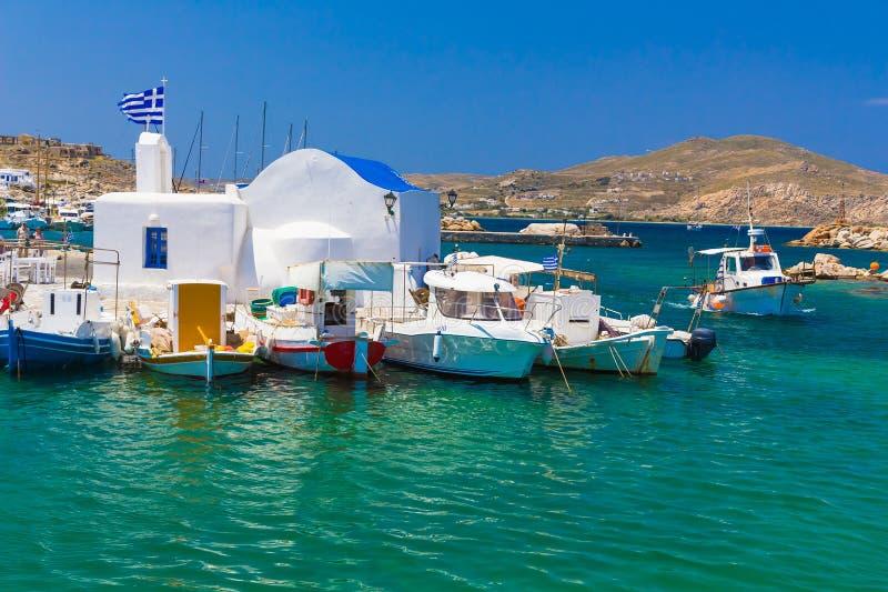 Città di Naoussa, isola di Paros, Cicladi, egee, Grecia fotografia stock libera da diritti