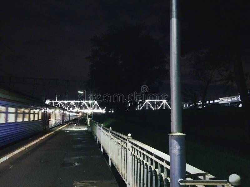 Città di notte immagine stock